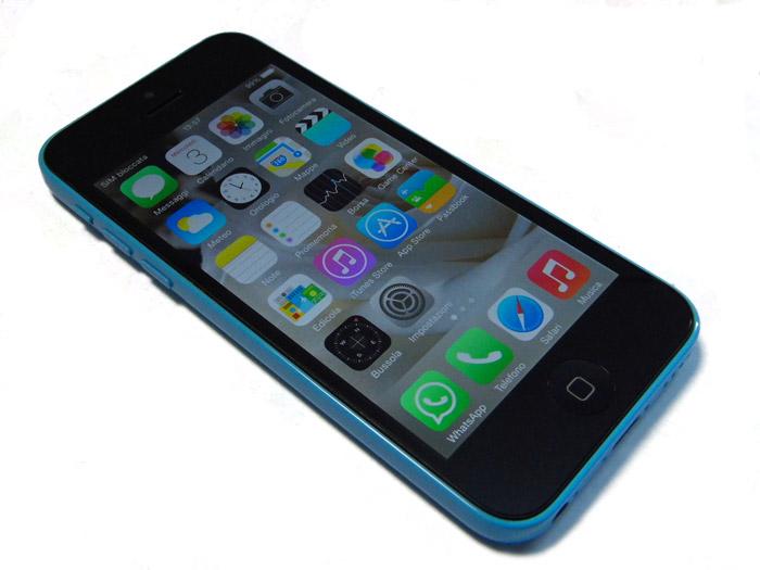iPhone 5C azzurro